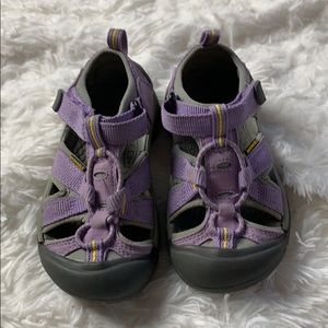 Keen Little Kids Lilac Light Purple Water Shoes 10